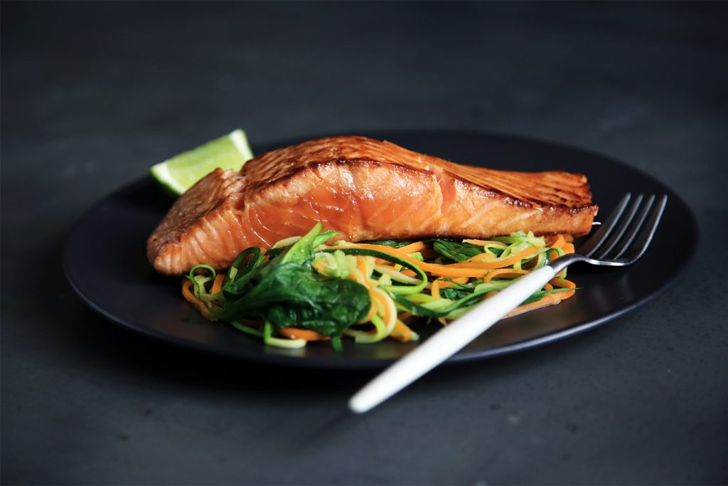 Wild vs. Farmed Salmon & a Recipe for Garlic-and-Herb Baked Salmon